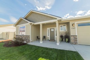 Home Exterior - Maryhill Estates - East Wenatchee, WA